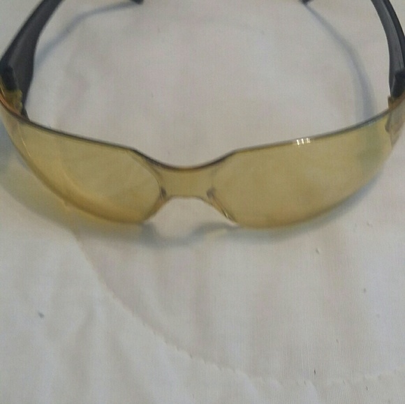 9e558d78609 Pair unisex Harley Davidson night glasses